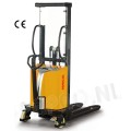 Stapelaar semi elektrisch 1000 KG/ hefhoogte 1600mm